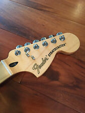 2015 Fender Stratocaster Deluxe Roadhouse Strat Neck Maple 22 Frets Tuners Plate