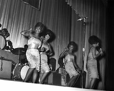 "The Marvelettes 10"" x 8"" Photograph no 8"