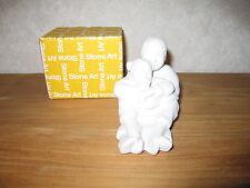 MARBELL STONE ART *NEW* Statue pierre blanche Fille-bébé assis HxL:11x14cm