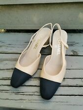 Pre-owned CHANEL Leather Slingback Pumps Beige Black Two-tone Size 38