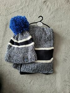BNWT next hat and scarf set🧣❄ no gloves age 7 - 10 years