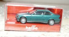 S81 Herpa 030977  BMW 327i Coupe