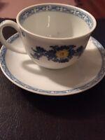 Vista Alegre Tea Cup And Saucer Set Portugal Beautiful EUC White Blues Viana