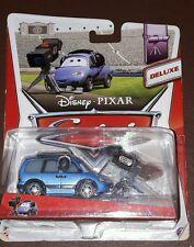 """Disney Pixar Cars Deluxe CHUCK """"CHOKE"""" CABLES camarógrafo Diecast Modelo"""