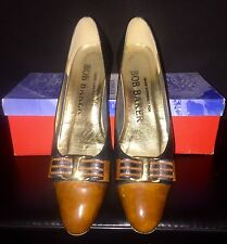 Bob Baker $130 Black and Brown Leather Heels with Bow Detail, Size 7.5 SS