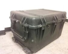 Pelican 1660 Wheeled Water Tight Large Protector Case Used With No Foam