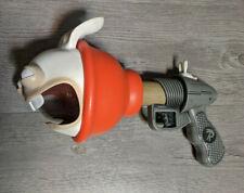 2014 McFarlane RABBIDS Invasion Plunger Blaster 15-Sound Fart Gun Toys