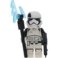 LEGO Star Wars Minifigur First Order Stormtrooper inclusive LEGO Waffe sowie mit