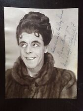 DUGGIE WAKEFIELD - ACTOR AND COMEDY STAR - EXCELLENT SIGNED VINTAGE PHOTOGRAPH