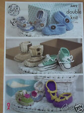 LOVELY BABY SHOES MOCCASINS TRAINERS  CROCHET PATTERN 0-12 mths  KING COLE 4492