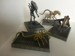 ALIENS Plastic Models, set of four, used but mint condition