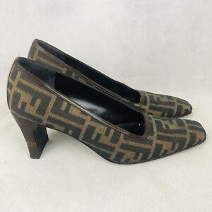 Fendi FF Scarpe Motif Monogram Zucca Heels Pumps Shoes Size 7.5 M Brown Tan Logo