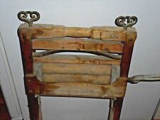 Antique Hubbard Spencer Bartlett Co. Hand Crank Clothes Wringer #830 Laundry