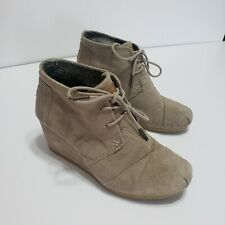 Women's TOMS Desert Tan Wedge Ankle Booties Suede Leather Sz 6