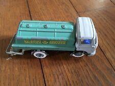 "Ancien camion Berliet GAK ""balayeuse - arroseuse"" des années 60"