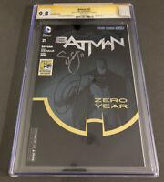 Batman #21 CGC 9.8 SDCC Signed Capullo And Snyder 1st Duke Thomas New 52 Signal