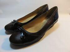SOFTSPOTS Brown Patent Leather & Soft Leather Pumps Women's Size 11 Medium
