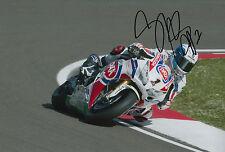 Sylvain Guintoli main signé 12x8 photo 2015 Pata Honda.
