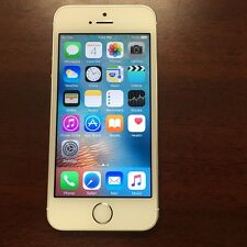 Apple iPhone 5S A1533 - 16GB - White & Silver (Fido) Good Condition