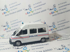 Renault Trafic Police   norev   1:43 eme   emballage d'origine (  neuf  )
