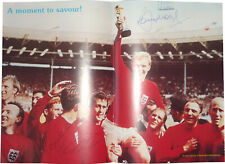 Signed Martin Peters Bobby Moore Geoff Hurst England 1966 World Cup Photo COA 66