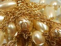 Vintage 1970's Lovely Gold Tone Faux Pearl Longer Versatile WOW Necklace 634AG9