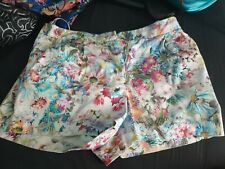 Forever New women's size 8 summer shorts