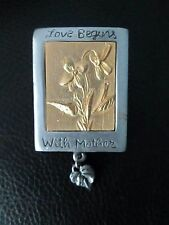 """Rare Pewter Marjolein Bastin """" Love begins with Mother """" Pin Flower 1999 Mb Day"""