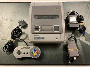 Consola SUPER NINTENDO ONE CHIP 1-CHIP - COMPLETA CON MANDO Y CABLES SNES NES