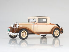 Scale model 1:18 Dodge Eight DG Coupe, beige/light brown