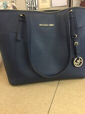 PRE OWNED Michael Kors Jet Set Travel Saffiano Leather Top Zip Tote Blue