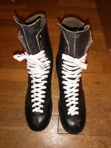 """Vintage BETTY LYTLE """"Styled by HYDE"""" Capped Toe Roller Skates Size 11"""