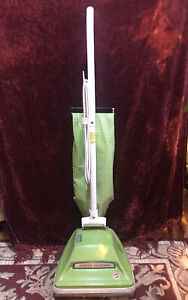 Vintage Hoover U4057 Vacuum Cleaner Works Green