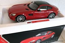 MAISTO 1/18 MERCEDES AMG GT 2014 Rouge - MAISTO EXCLUSIVE SERIES. 38131.