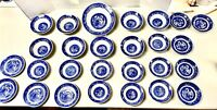 Vintage Homer Laughlin/Royal Mixed Blue Willow 27 Peice Dinner Set