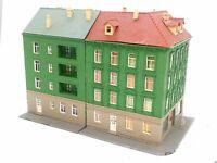 Pola Eckhaus mit Geschäften und Figur + Wohnhaus BELEUCHTET Spur N D0031