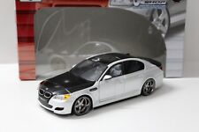 1:18 maisto Custom Shop bmw m5 e60 sedan White sp New en Premium-modelcars