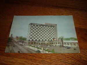 BERLIN HILTON GERMANY HOTEL Vintage Old Unused POSTCARD German Collectors Rare