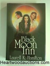 Black Moon Inn by Laurell K. Hamilton ANITA BLAKE 2 Novels Luis Royo Cover Art