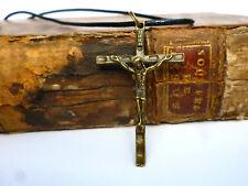 Kreuz Pilger Kette Kruzifix Kettenanhänger Jesus Anhänger am Band 4 x 2 cm INRI