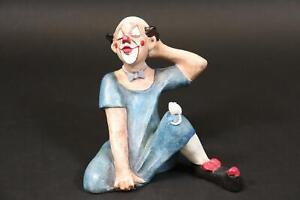 Sitzender Clown Pierrot bemalte Natursteinfigur Achatit (DK686)