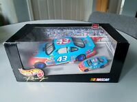 Hot Wheels Racing Nascar Special 2 Car Pack John Andretti STP #43 1:24 & 1:64