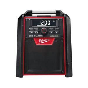 Milwaukee M18 RC Piles Netz-Radio Avec Fonction de Chargement 4933446639