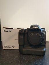 Canon EOS 7D 18.0MP DSLR Caméra Corps Seulement Avec Official Battery Grip 5000 Shots