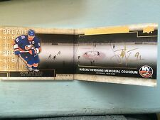 14-15 Upper Deck Premier Rinks Of Honor John Tavares autograph auto *51704