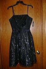 BEAUTIFUL woman's black & silver event formal dress by A. Byer size 11