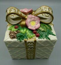 Fitz & Floyd Classics Porcelain Holly Berry Floral Gold Ribbon Trinket Box