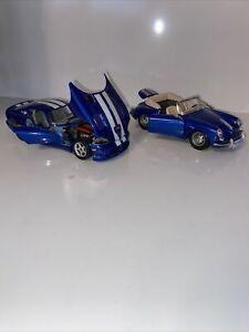 Burago Porsche - 356B Cabriolet 1961 Diecast 1:24 Blue And 1996 Viper Blue