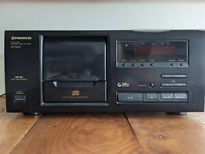 Pioneer PD-F605 25 Disc CD Player - Tested Working