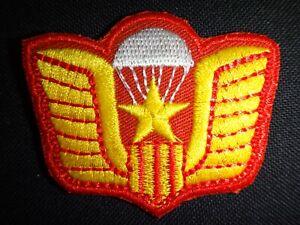 Vietnam War Beret Patch ARVN Airborne Parachute NHAY DU Team Flash